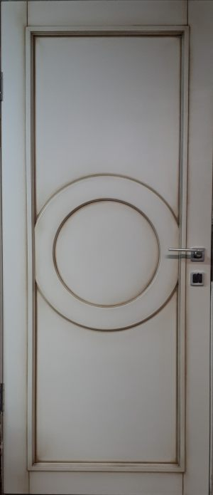 Межкомнатная дверь в профиле массив (эмаль с патиной) Калуга