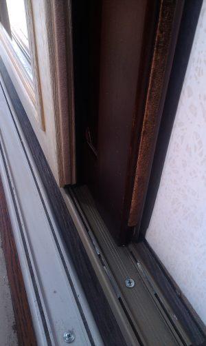 Двери массив на нижней направляющей Калуга
