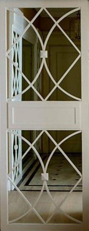 Вставка с фигурной филенкой на зеркале эмаль Калуга